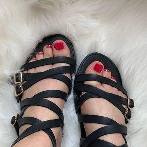 Women's feet size 6